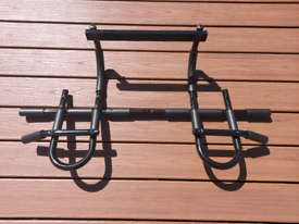 Doorway pull up chin up bar *IMMACULATE AS NEW*