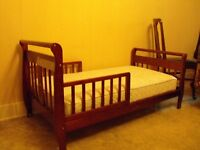 CHILDS SLEIGH BED
