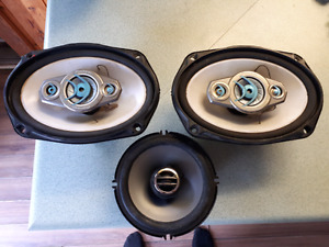Aftermarket rear speakers came off a 98 honda modded