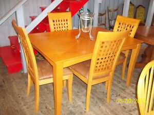 Honey Maple Table with Four Ladder Weave Back Chairs