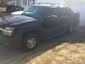 2004 Chevrolet Avalanche 4x4 Truck
