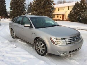 2008 Taurus - heated leather, 6CD, low kms, excellent condition