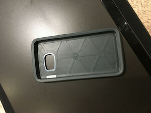 Brand new S6 galaxy otterbox