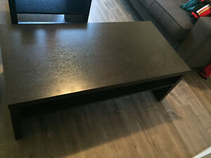 Coffee table (100) and end table (50)