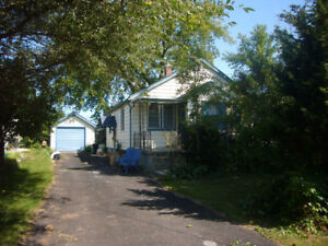 4 BED FURNISHED HOME $1600.00 INCLUDES UTILITIES & INTERNET