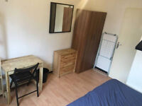 Amazing Double Room - Available Now In Shadwell