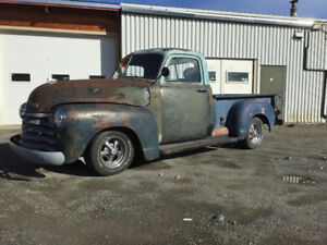 1952 Chevrolet pick up truck /  automatic