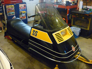 must sell moving 1973 skidoo elan /and set of HD ramps.