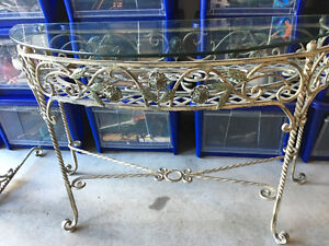 High Quality Wrought Iron Wall Table