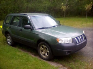 FOR SALE 2008 Subaru Forester SUV, Crossover  (NEEDS ENGINE)
