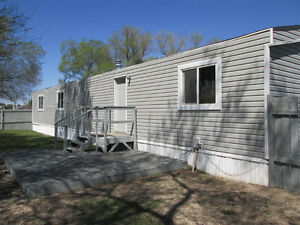 Mobile home C35-Glen Elm Trailer Court