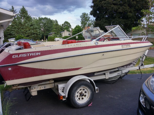 Used 1977 Glastron Inc Bowrider