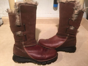 Women's Columbia Tall Leather Winter Boots Size 11 London Ontario image 1