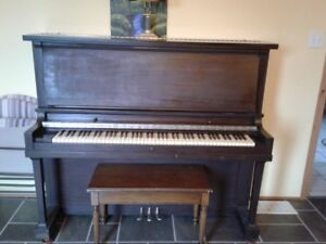 FREE FREE FREE - Piano with a good story!