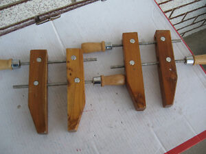 2  WOODEN  HAND  SCREW  CLAMPS  NICE SHAPE !!!!