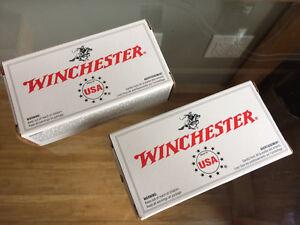 2 boites de Winchester 357 Magnum  /  100 cartouches.