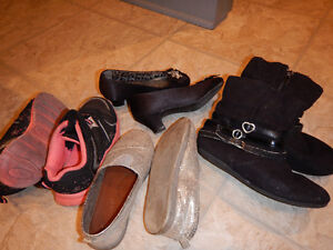 Assorted footwear girls size 10 Cambridge Kitchener Area image 2