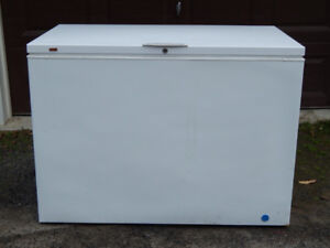 FRIDGIDAIRE CHEST FREEZER