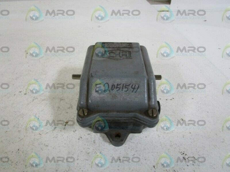 CUTLER-HAMMER LIMIT SWITCH 14977ED32 * USED *