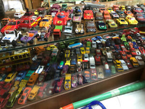 Hot Wheels Hotwheels cars, diecast toy cars $1 each over 100cars