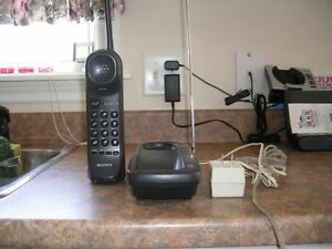 Sony SPP-71 10-Channel Cordless Telephone