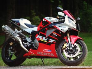 Honda RC51 2000