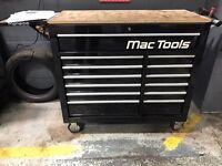 MAC Tools roll cab