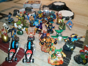 Skylanders lot - over 25 figures, 4 portals, and 3 Wii games