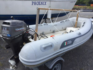 12- ft AB inflatable with seawise hydraulic davit with a gteat t