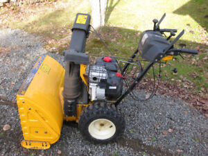 WTS Cub Cadet Snowblower 30 inch 2 stage