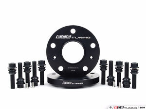 Porsche ECS 15mm Hubcentric Spacers with Extended Lug Bolts