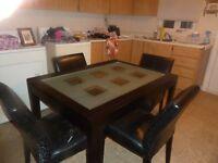 Grande table de cuisine