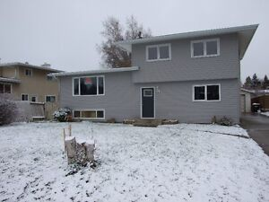 Great Tenants Needed for 3 Bedroom Suite in Duplex Strathcona County Edmonton Area image 1