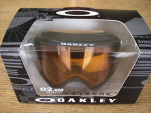 'As New' OAKLEY 02xm SKI GOGGLES