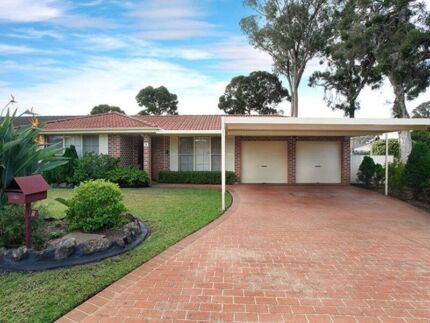 Two Furnished Bedroom Available in Nice and Quiet House in Doonside