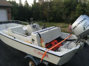 13 ft Boston whaler