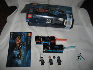 Lego 21314 TRON: Legacy Lightcycle USED complete