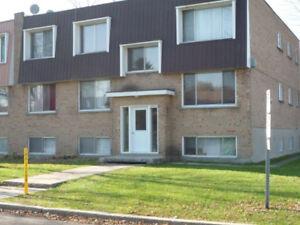 Appartement à louer – 4 ½ - Apartment for rent