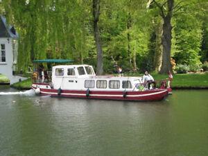 bateau de plaisance sur les canaux de France