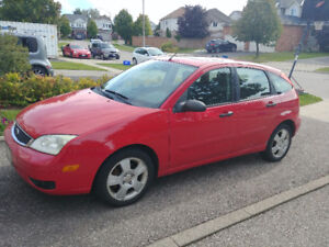 2005 Ford Focus ZX5 SES Hatchback