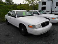 2010 FORD CROWN VICTORIA  (2)
