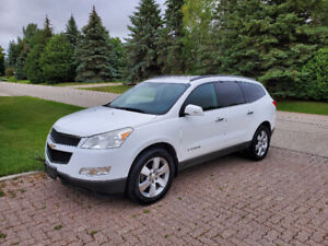 2009 CHEVROLET TRAVERSE, IMMACULATE SHAPE! NEW SAFETY! AWD