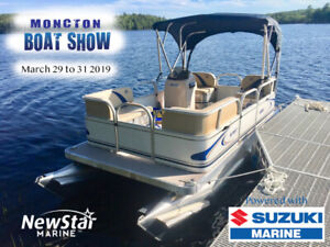 Compact Pontoon with a  Suzuki package at Moncton Boat show