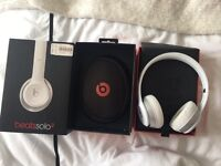 Beats by Dr Dre Solo 2 Gloss white headphones