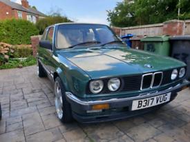 BMW E30 prefacelift M20b20 2.0i 6 cylinders