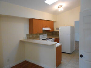 Central Huntsville 1 bed apartment for rent