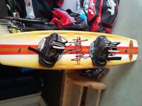 137 cm jacknife wakeboard and boots