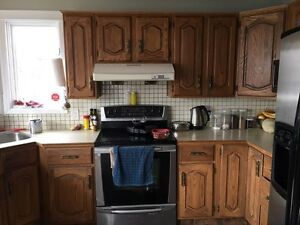 Oak kitchen cabinets buy sell items tickets or tech for Ak kitchen cabinets calgary