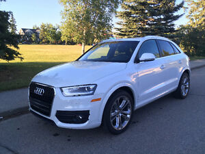 Audi Q3 - Almost Brand New 2015 - Technik Quattro