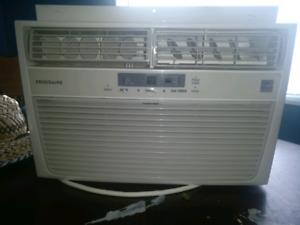 Frigidaire - 6,000 BTU Window Air Conditione